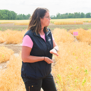 Robyne Bowness of Alberta Agriculture given a presentation at MARA's tour